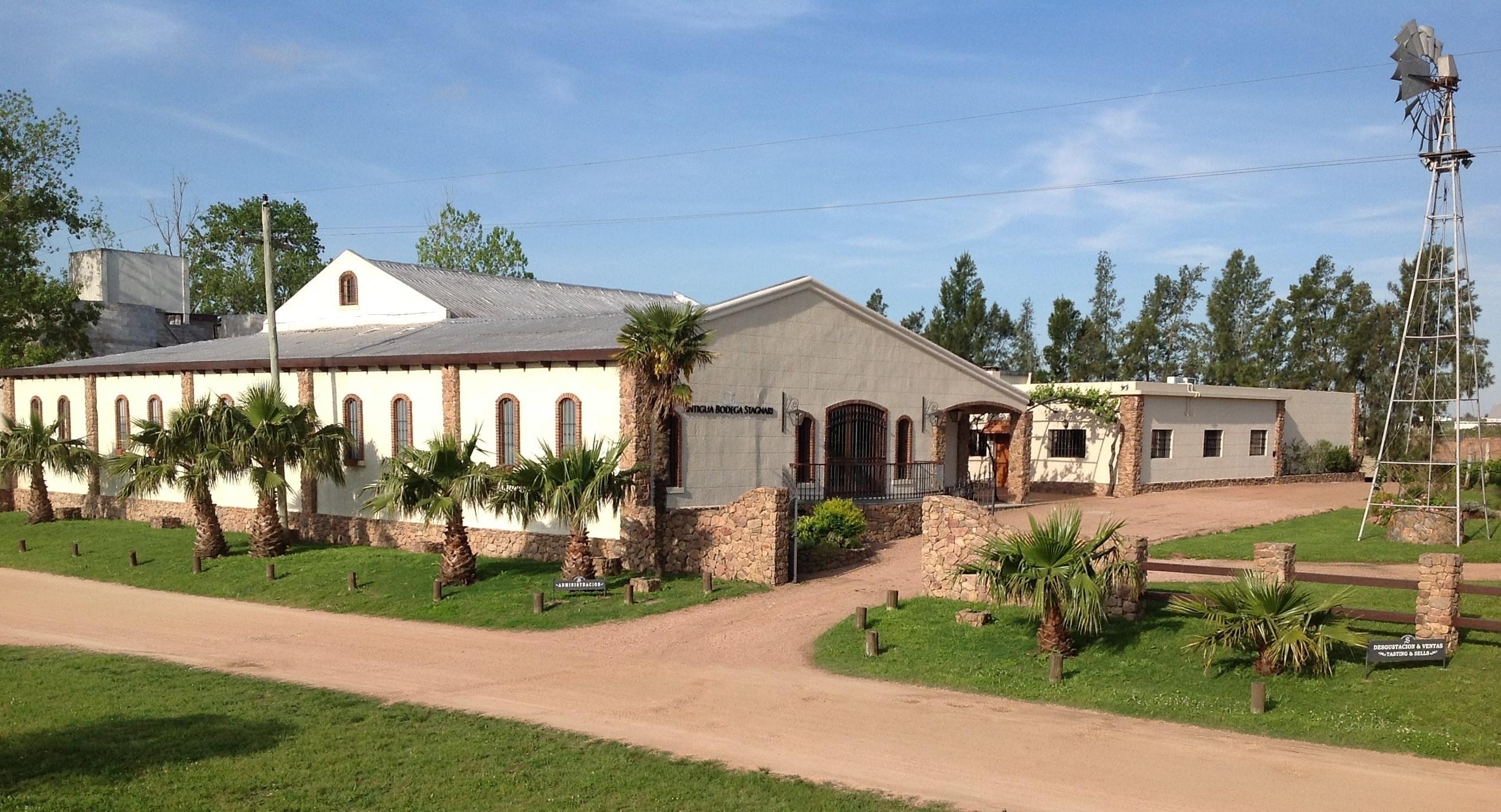 Antigua Bodega Stagnari - Pedregal - Uruguay - 2015