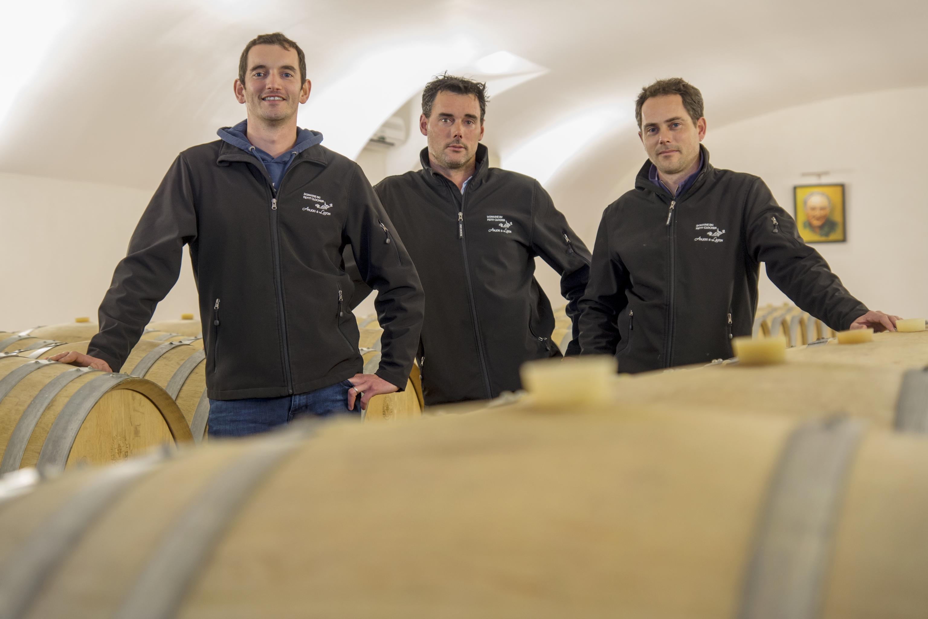 Caudalia wine Box agosto 2019 Francia Bodega Equipo